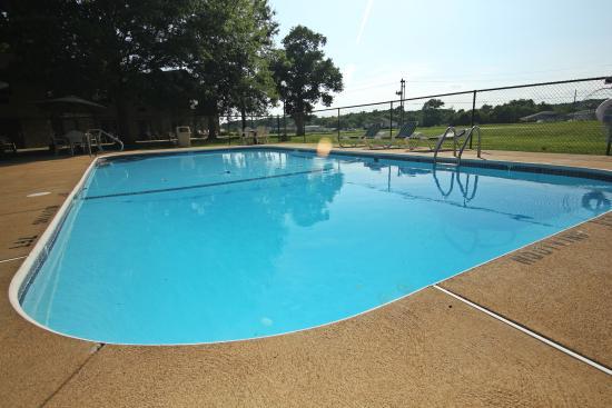 Tradition Inn: Pool