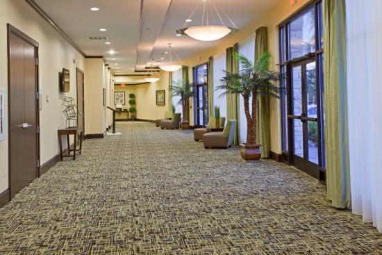 Holiday Inn Houston West Energy Corridor: Pre-function Area