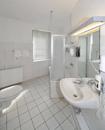 Hotel Marienthal Hamburg: Bathroom