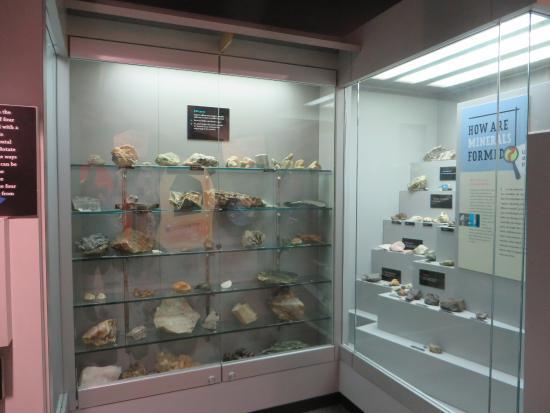 Spruce Pine, NC: Beautiful minerals on display