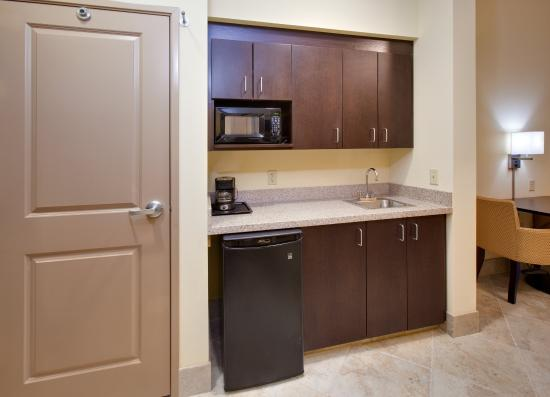 Holiday Inn Express Hotel & Suites Grand Island: Jacuzzi Suite