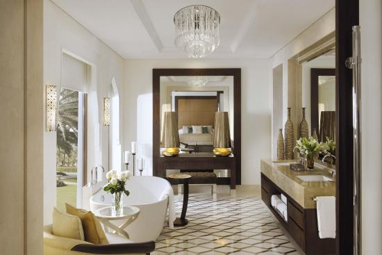 One&Only The Palm Dubai: Junior Suite Bathroom