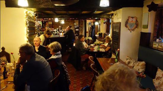 The Farmyard Inn: The bar