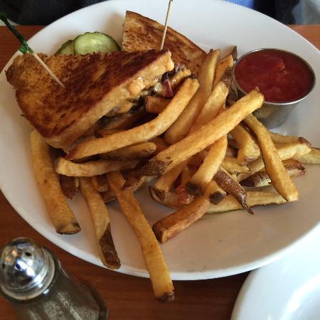 ax billy grill sports bar patty melt fries ax billy sports bar