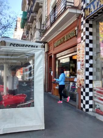 Restaurante restaurante portonovo en barcelona con cocina for Restaurante cocina catalana barcelona