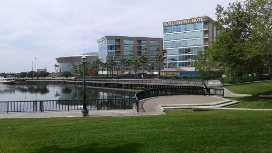 University Plaza Waterfront Hotel: TA_IMG_20160407_123302_large.jpg