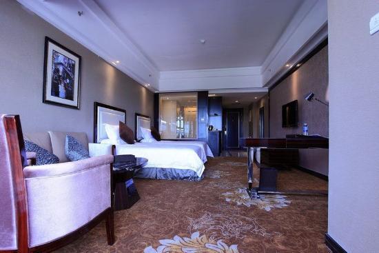 Xing'anmeng Biguiyuan Phoenix Hotel