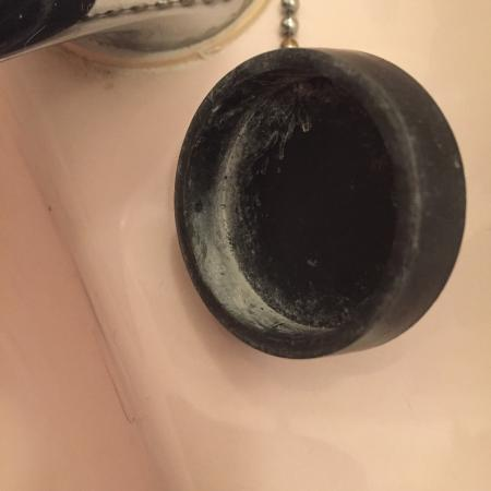 Kinmel Hotel: Limescale of sorts on the plug (a simple wipe removed this).