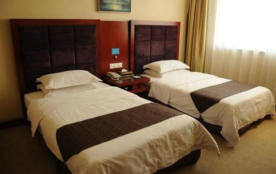 Yangquan, China: Standard Twin Room