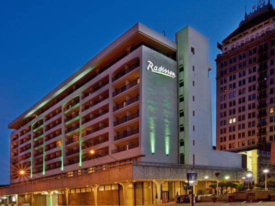 ラディソン ホテル フレスノ カンファレンス センター