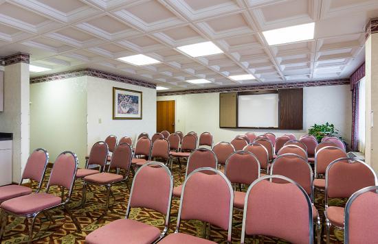 Quality Inn & Suites : Meeting Room
