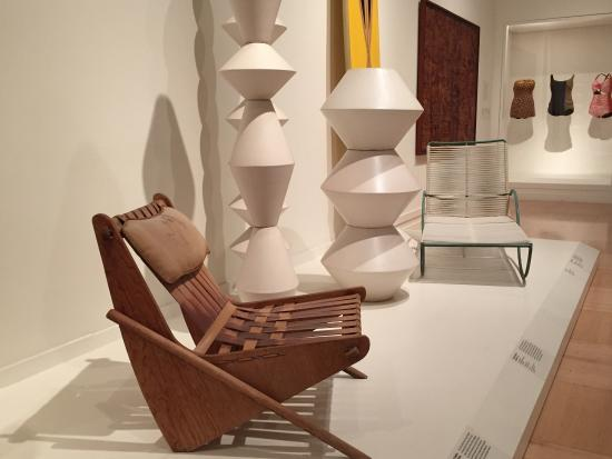Los Angeles County Museum Of Art: Some Mid Century Modern Furniture And  Pottery