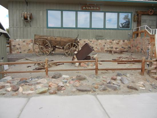 Badwater Saloon: Wagon out front