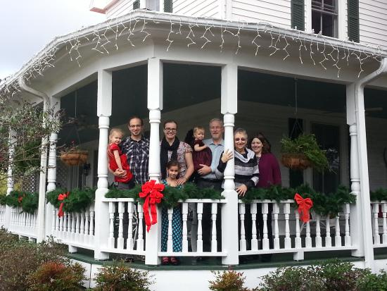 Sunrise Farm Bed and Breakfast: Christmas Greetings from Sunrise Bed & Breakfast