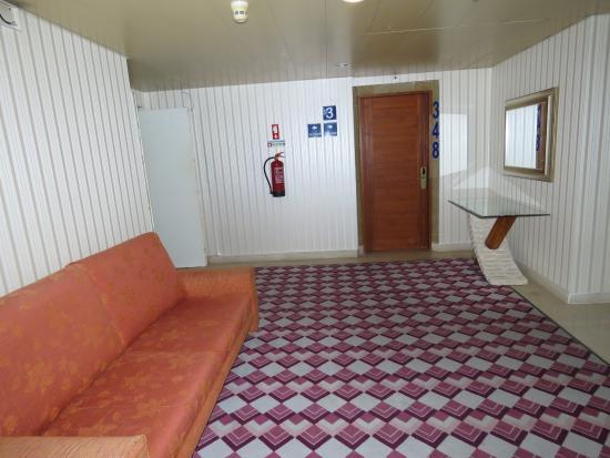 Hotel Baia Cristal: Corridor