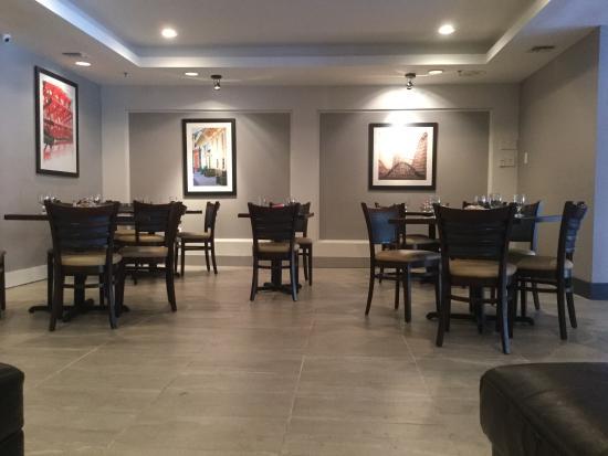 wyndham garden new orleans airport restaurant area by the lobby - Wyndham Garden New Orleans Airport