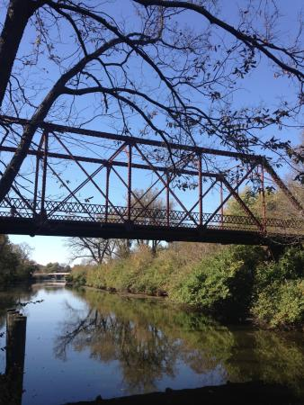 Hennepin Canal State Park: Iron bridge over an Illinois canal.