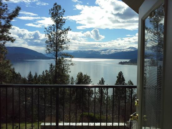Vernon, Canadá: Incredible Views from every Balcony