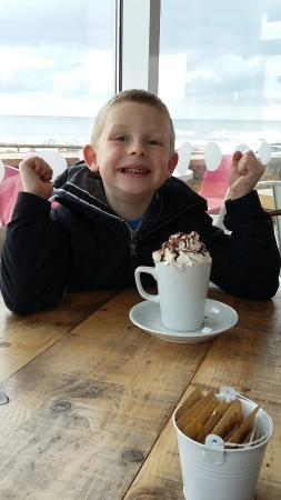 Widemouth Bay Cafe Superb Hot Chocolate Every Single Time