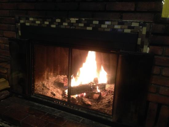Pickle Barrel: Cozy by the fireplace. great for 4 foot of snow on the ground outside.