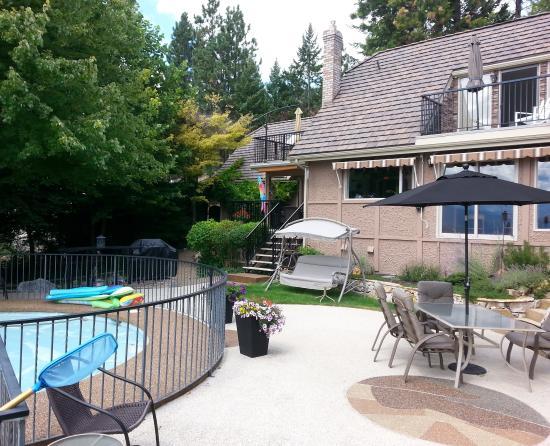 Vernon, Canada: Pool Area