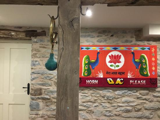 Sedbergh, UK: Horn at reception area
