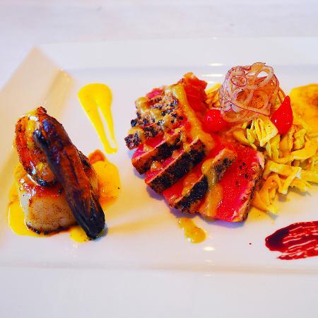 Ramona, CA: Shrimp, Scallop, Seared Ahi, Coleslaw and Port Wine Reduction