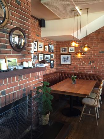 Esplanade Restaurant: Interior