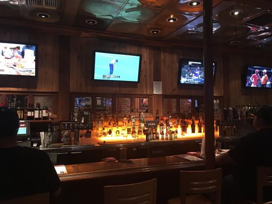 Black Angus Steakhouse: The bar is well stocked and clean.