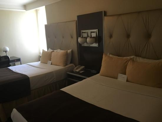 room with two double beds picture of the new yorker a wyndham rh tripadvisor com