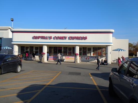 Cohoes, estado de Nueva York: You just have to try Guptill's today!