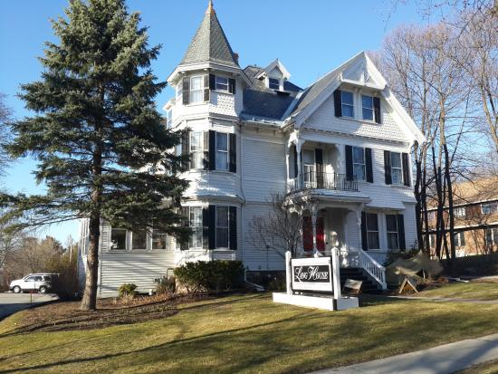first week of spring picture of lang house on main street bed and rh tripadvisor com