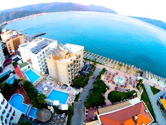 유누스 호텔