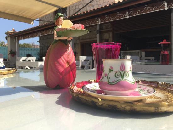 Leylak Boutique Hotel & Brasserie Alacati: photo0.jpg