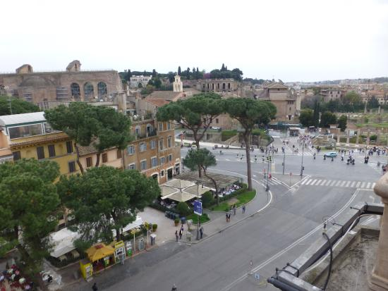 Made in Rome Bed&Breakfast: View from Terrace