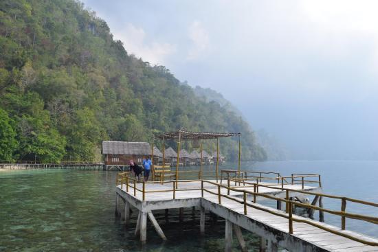 spot bersantai dan berfoto picture of ora beach resort seram rh tripadvisor com