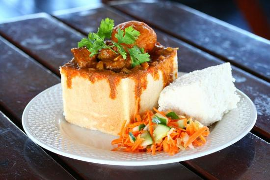 Hollywoodbets Springfield Park and Bunny Bar: Hollywoodbets famous Bunny Chow