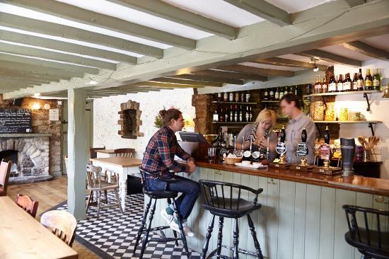The Manor: The Black Sheep pub