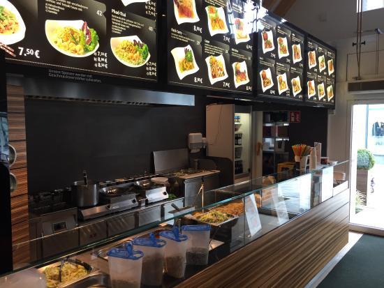 Asia Hung: Theke / Küche