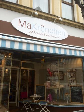 makr nchen in bad honnef picture of makronchen nottebrocks zuckerbackerei bad honnef. Black Bedroom Furniture Sets. Home Design Ideas