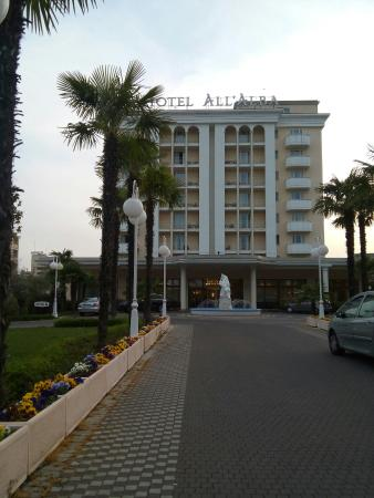Hotel All'Alba: 20160402_191536_large.jpg