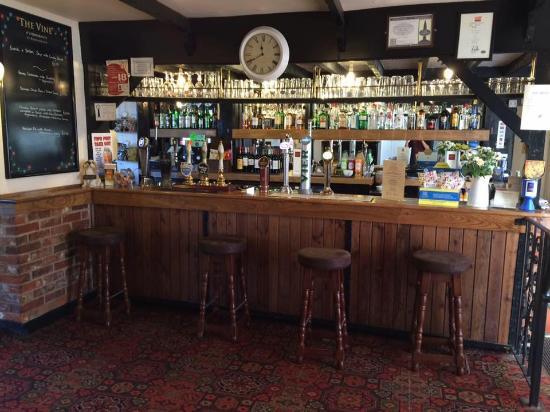 Hannington, UK: Bar