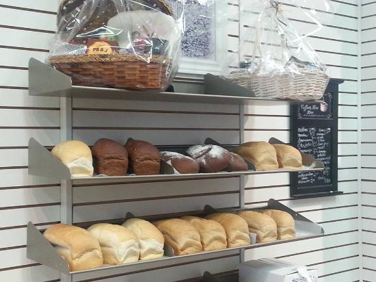 Renfrew, Kanada: Some of the fresh baked bread
