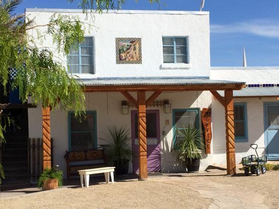 La paloma hot springs spa picture of la paloma hot for 18 8 salon locations