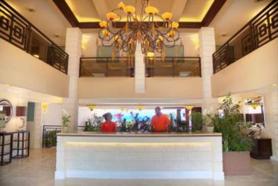 Ocean Two Resort & Residences: Ocean Two Lobby
