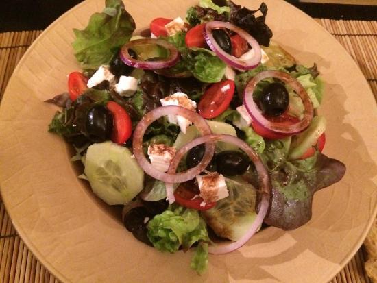 La-Bastide-de-Serou, Frankrike: Entrées proposées dans ce restaurant  Salade et Croustillants de haddock  Très bon