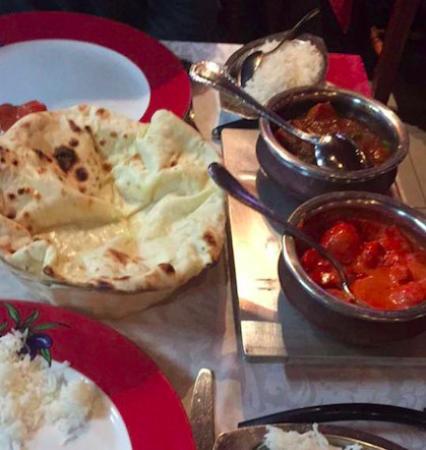 Jaipur: Butter chicken et le tikka masala, naan cheese