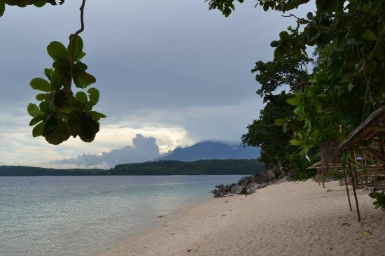 Camarines Sur Province, Philippinen: Dawn at Atulayan Island