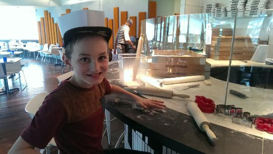 Pizza Express: First time and we lived it x