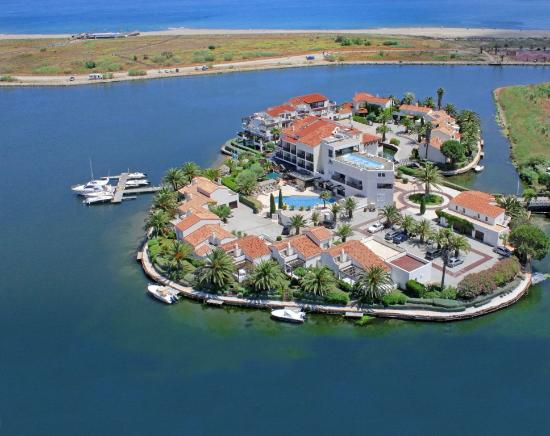 Photo of Hotel L'Ile de la Lagune Saint-Cyprien